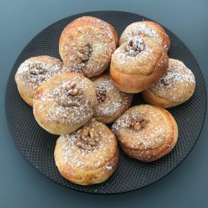 Broodjes met walnotencreme
